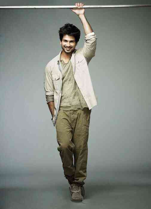 Shahid Kapoor | Height: 5 feet 5 inches