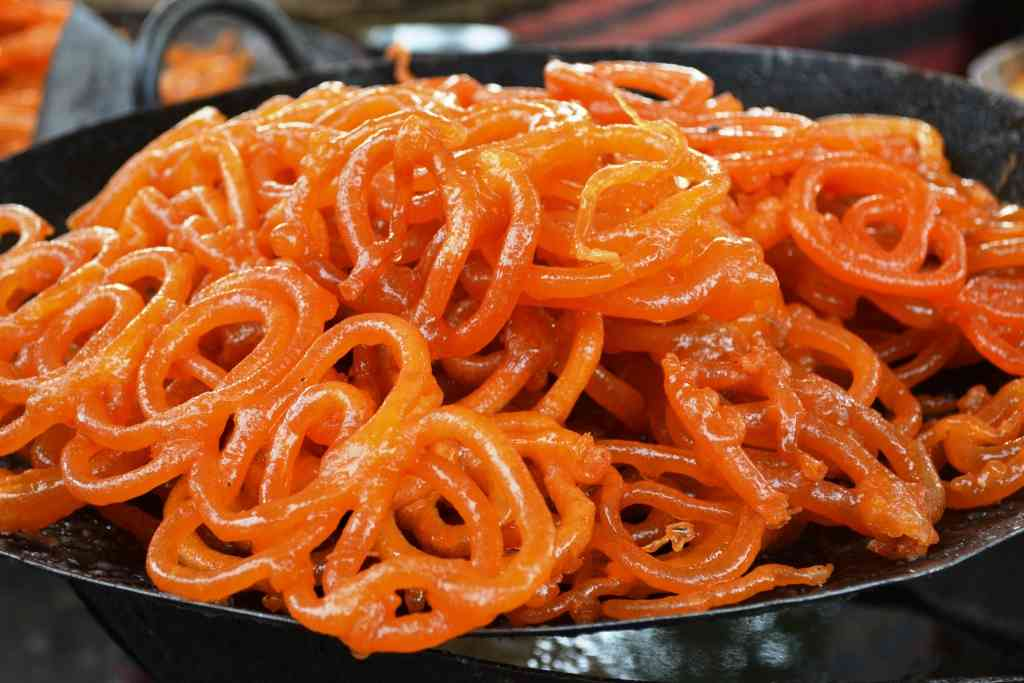 Top 15 mouth watering food In Delhi you should must try