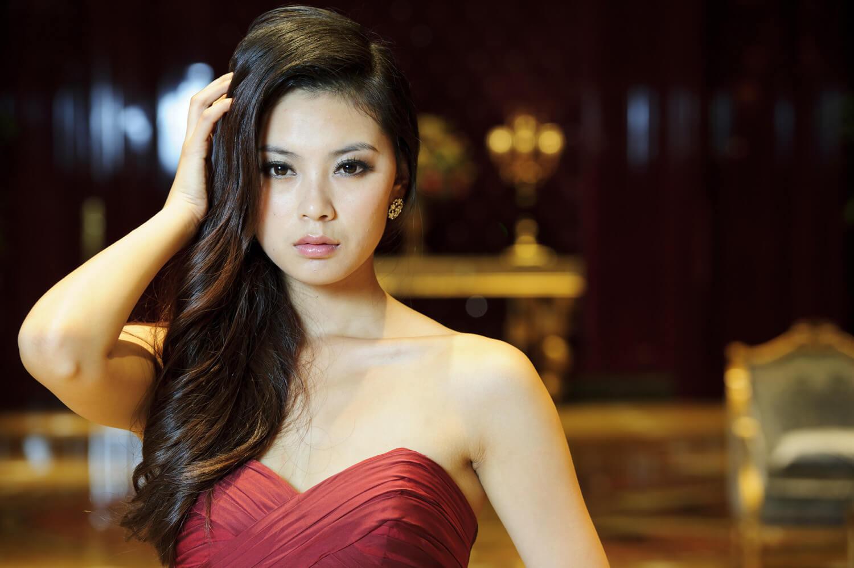 Yu Wenxia - China