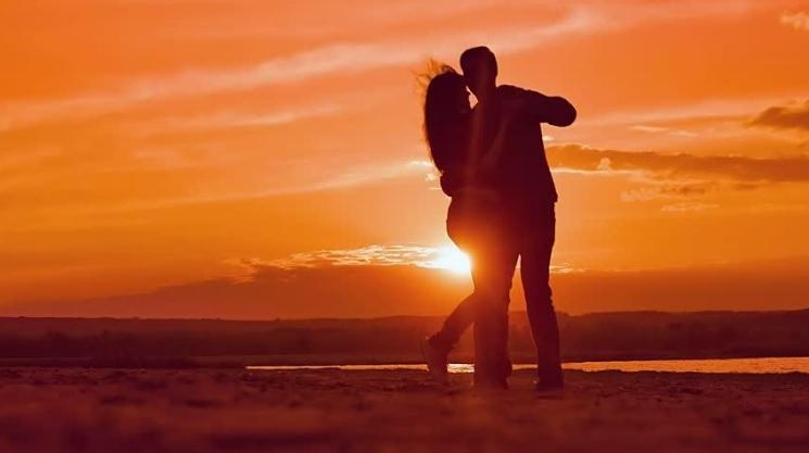 5 Best Ways to Celebrate Your Honeymoon